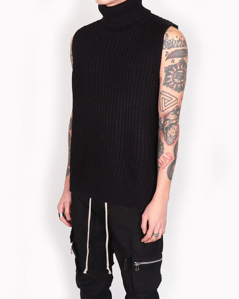 Turtleneck open vest